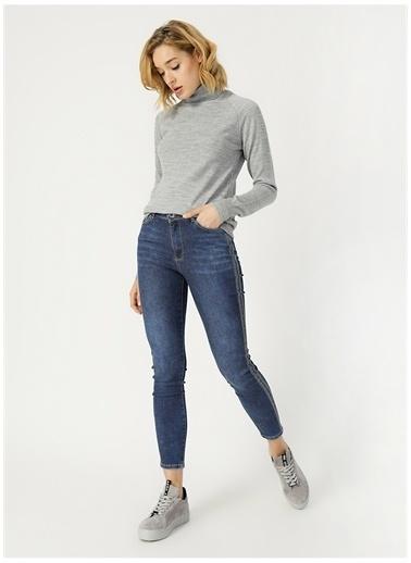 Modaset Yanları Taş Şerit Detaylı Jean Pantolon  Mavi